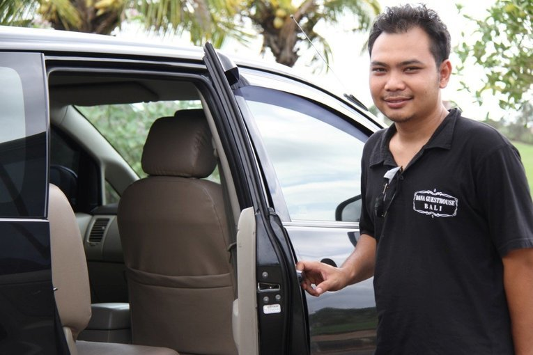 Transfer from Airport to Hotel in G.Manuk, Singaraja, Krgasem, Airport Transfers in Bali - Tour