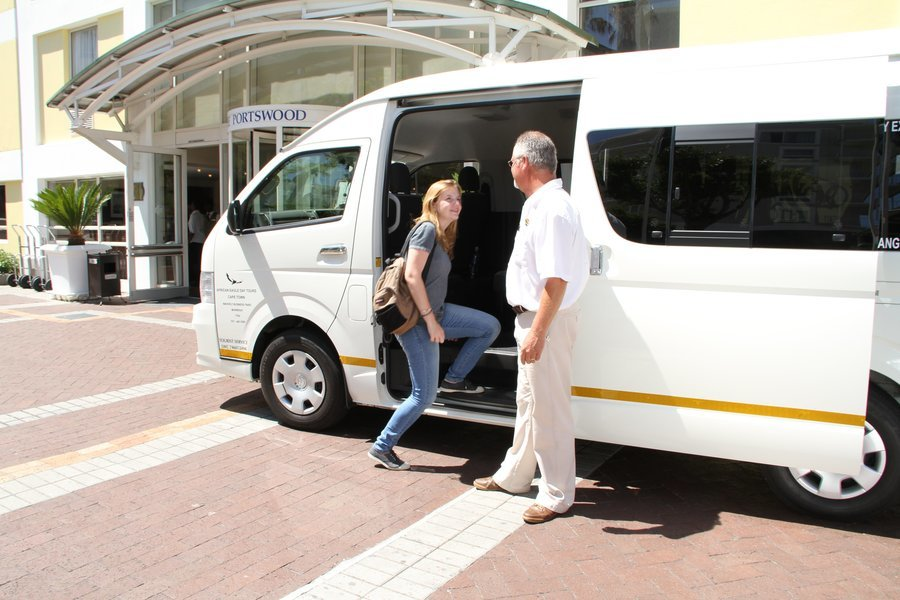 Airport Transfers from CPT Airport to Cape Town Hotel, Shared Transfers in Cape Town - Tour
