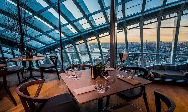 Sky on 57 Restaurant, Honeymoon Specials in Singapore - Tour