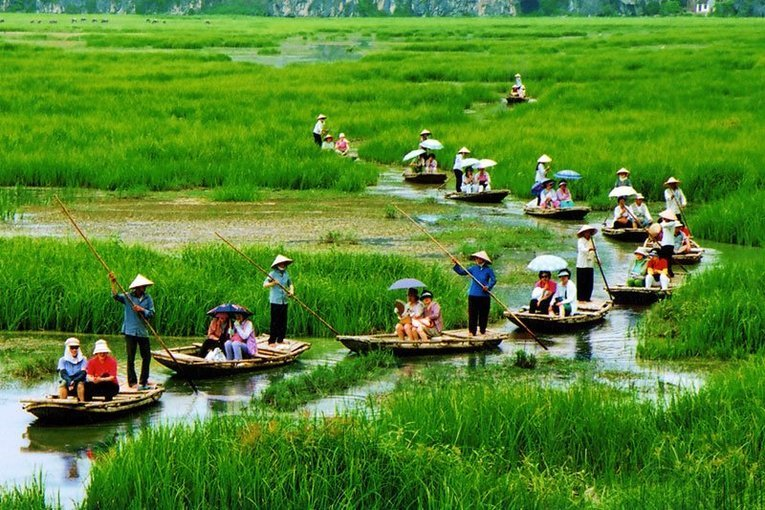 Hao Lu and Tam Coc Full Day Tour with Lunch, Sightseeing in Hanoi - Tour