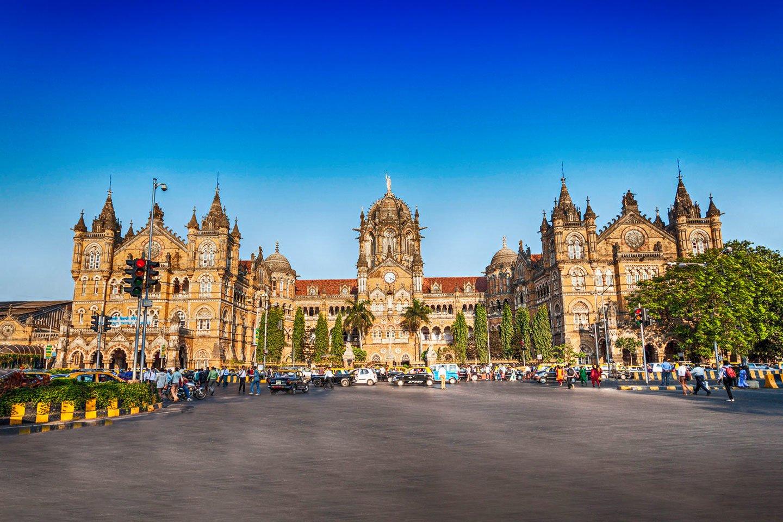 Explore the real Mumbai!!