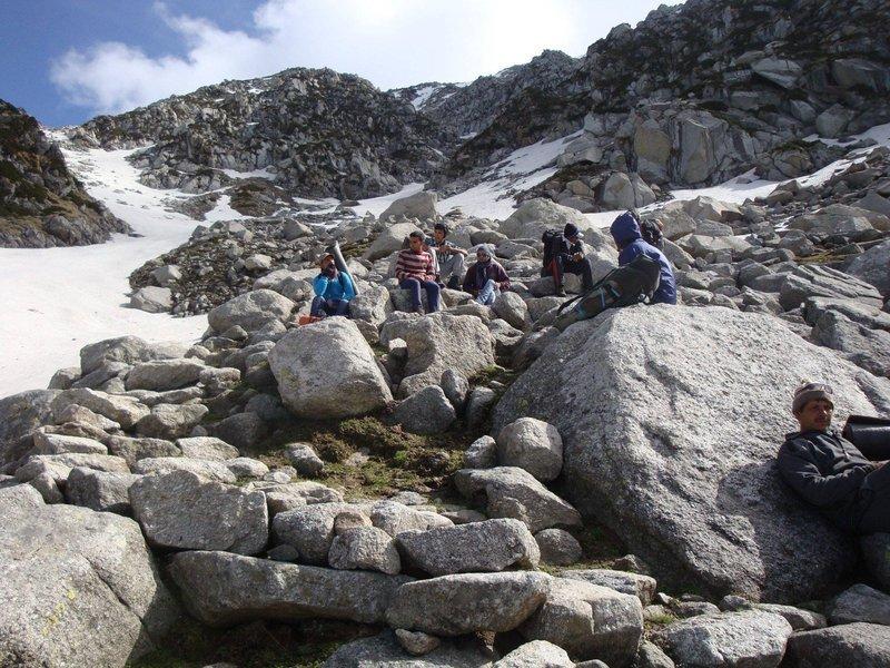 Baleni Pass Trek - 3765m - Tour