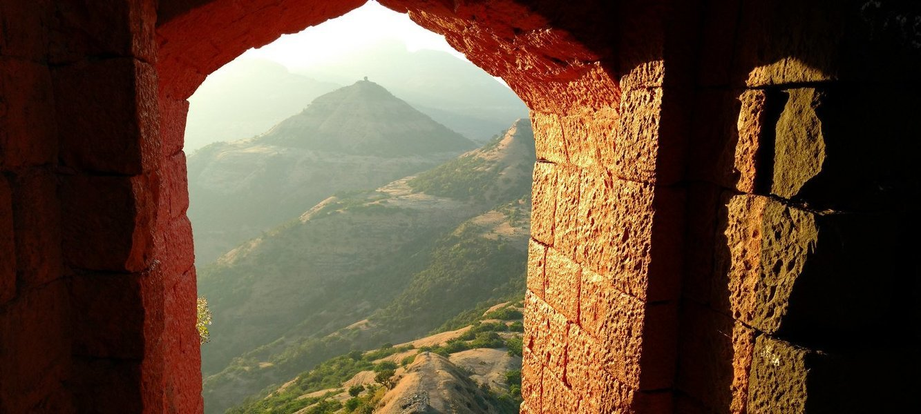 Harishchandragad Trek via Tollar Khind - Tour