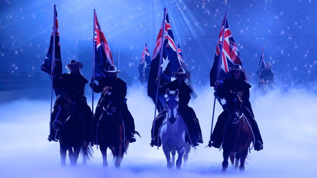 Australian Outback Spectacular Tour, Sightseeing in Gold Coast - Tour