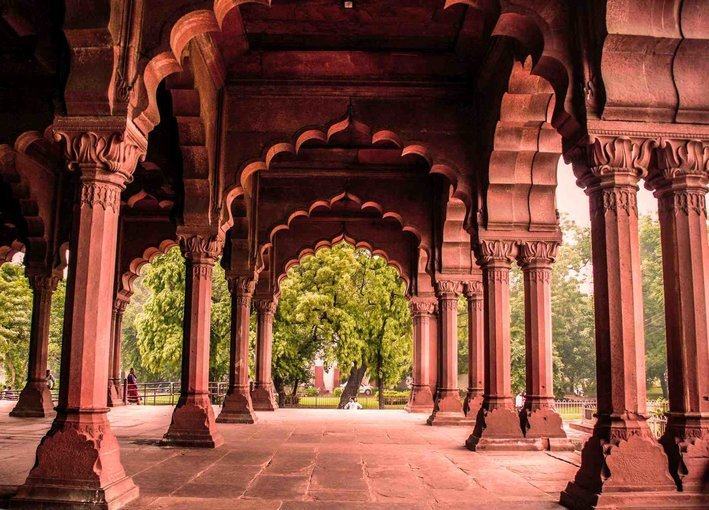 Corridors Of The Red Fort - Mughal Special - Tour