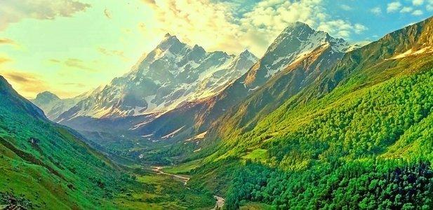 Trek to Har Ki Dun - Himalayas