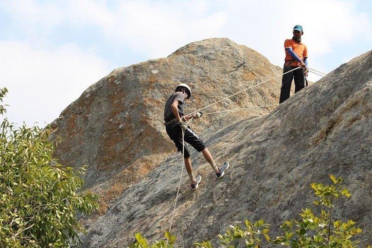 Ramnagaram Trekking, Rock Climbing & Rappelling - Tour