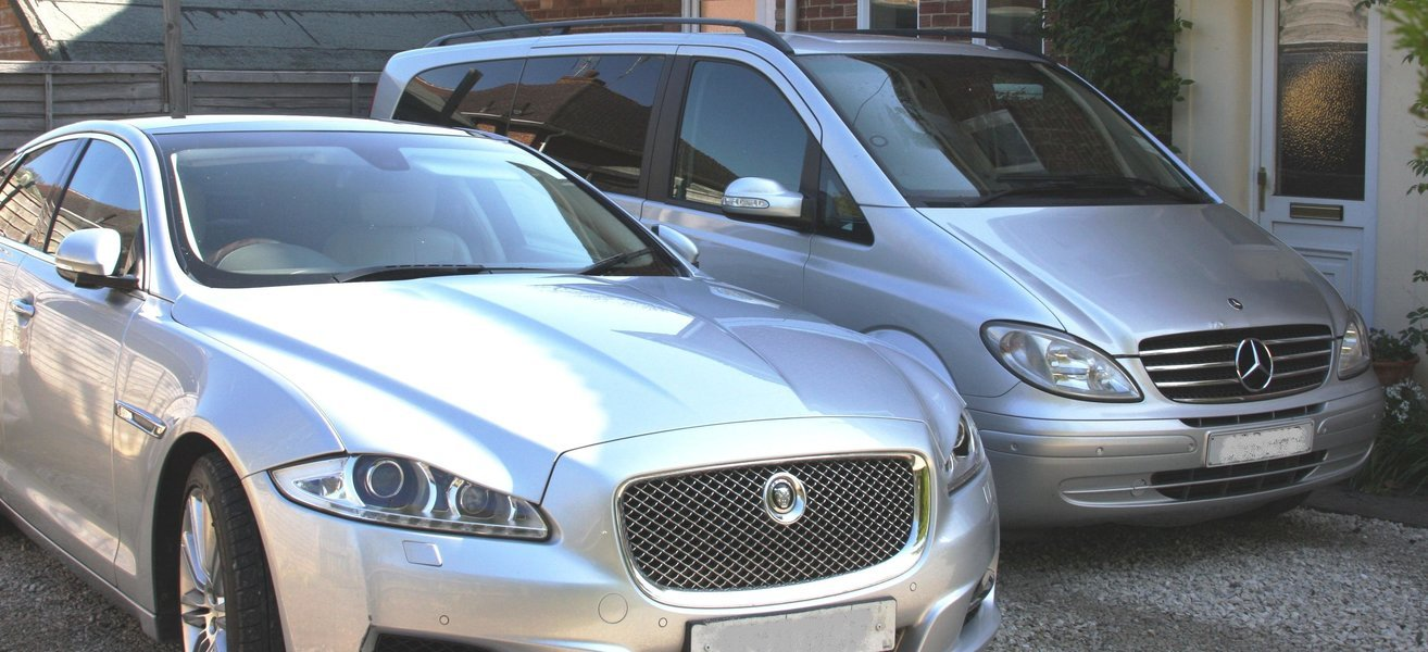Transfer from Gatwick Airport to Central London Hotel, Private Airport Transfers in London - Tour