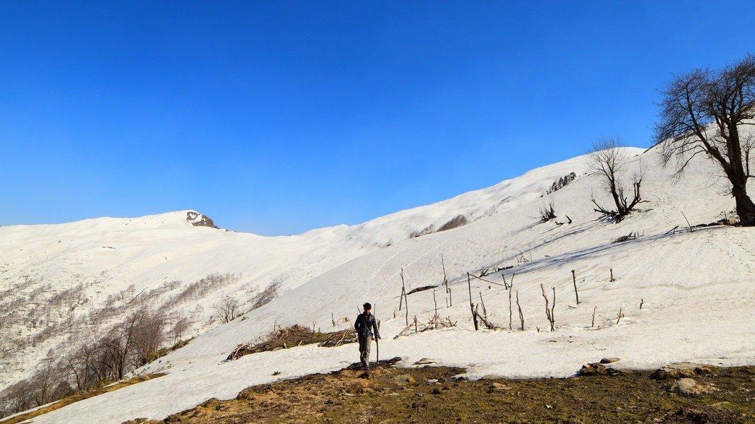 Snow Trek, Chandrakhani Pass - Tour