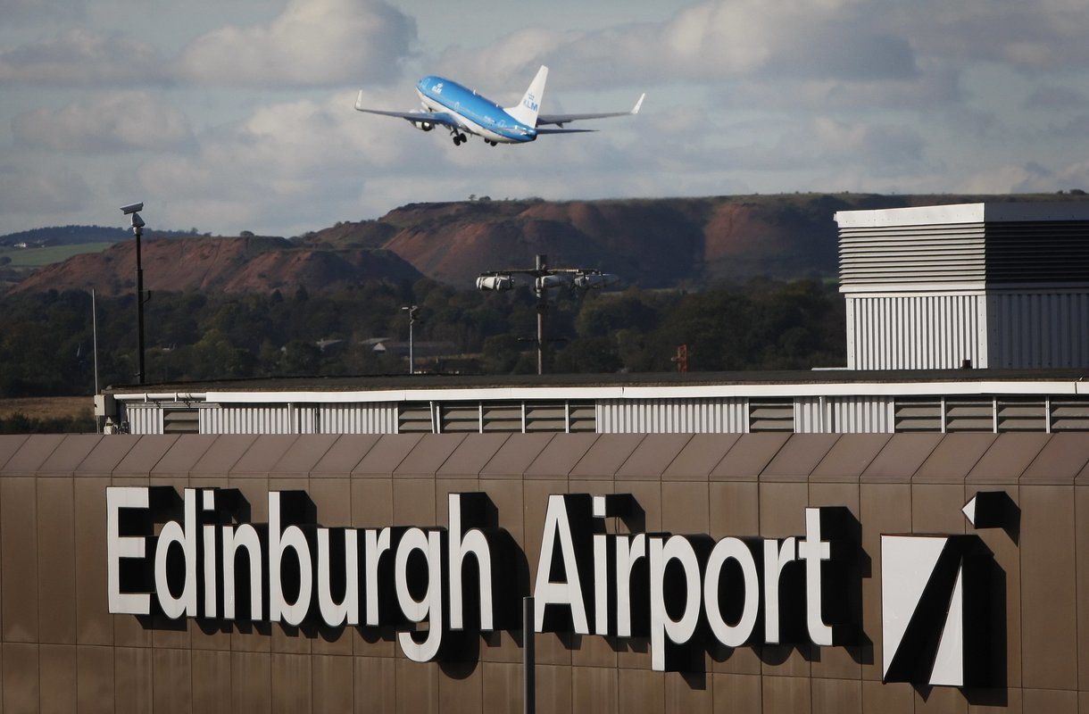 Edinburgh Airport Transfers - Collection