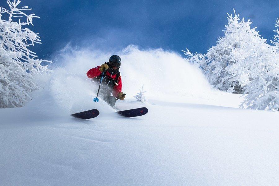 Skiing in Gulmarg (Option I) - Tour