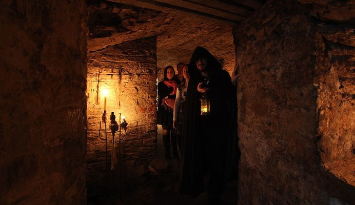 Historic Underground Walking Tour Tickets in Edinburgh - Tour