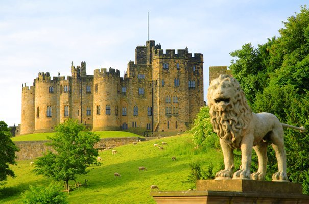 Alnwick Castle, the Northumberland Coast and the Borders Tour, Sightseeing in Edinburgh - Tour