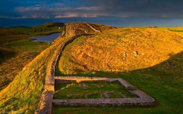 Hadrian's Wall, Roman Britain and the Scottish Borders Tour, Sightseeing in Edinburgh - Tour