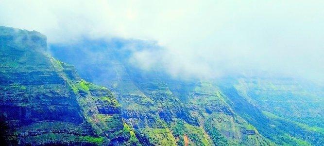 Harishchandra Gad Trek Via Nalichi Vaat