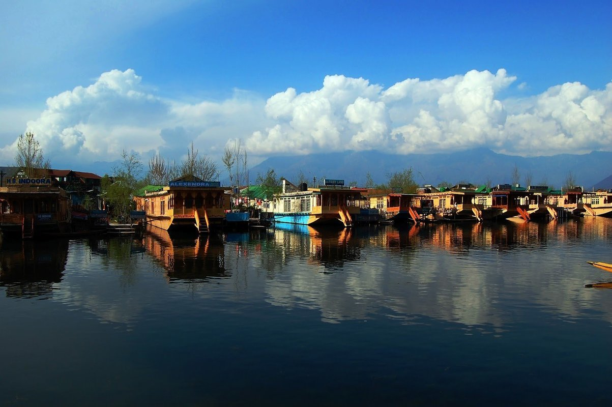 Kashmir Tours - Collection