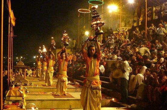 Taj Mahal ,Khajuraho & Varanasi Temples - Tour