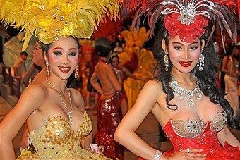 Alcazar cabaret show In Pattaya - Tour