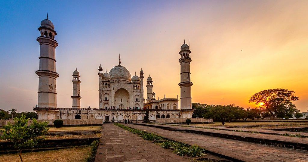 Shirdi With Aurangabad - Tour
