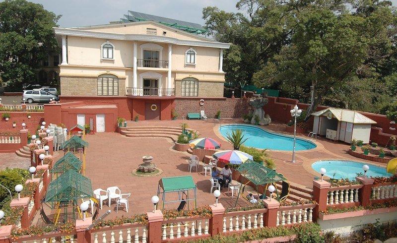 Rajesh Hotel Mahabaleshwar Tour - Tour