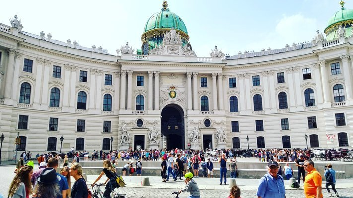 Day trip to Vienna from Prague, Sightseeing in Prague - Tour