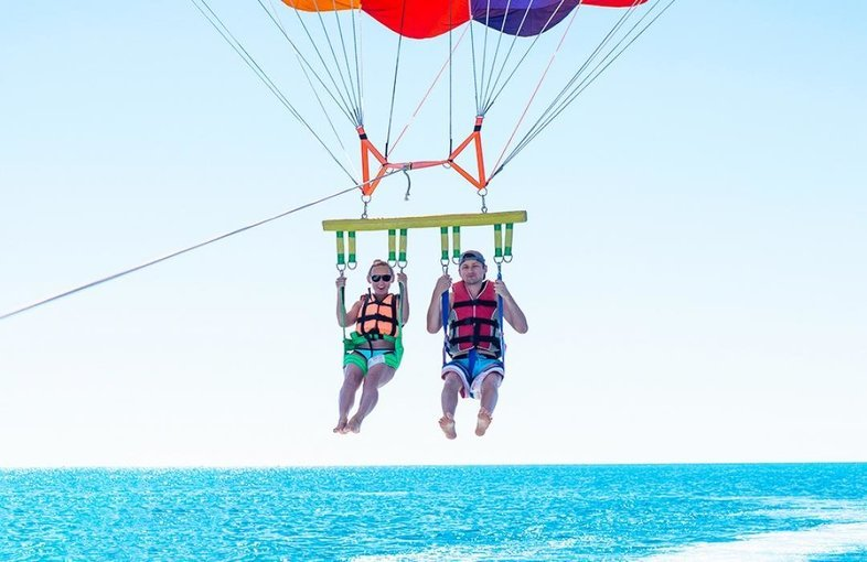 Coral Island Tour with Indian lunch + Parasailing 1 big round - Tour