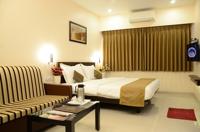 Sunny International Hotel Mahabaleshwar Tour - Tour
