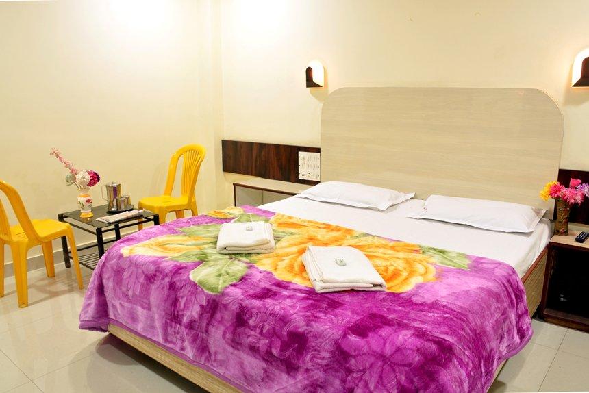Hotel Hillway Inn Mahabaleshwar Tour - Tour