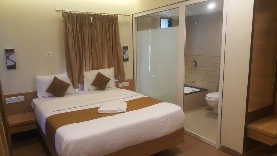 Rahi Plaza Hotel Mahabaleshwar Tour - Tour