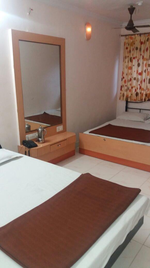 Sapana Hotel Mahabaleshwar Tour - Tour