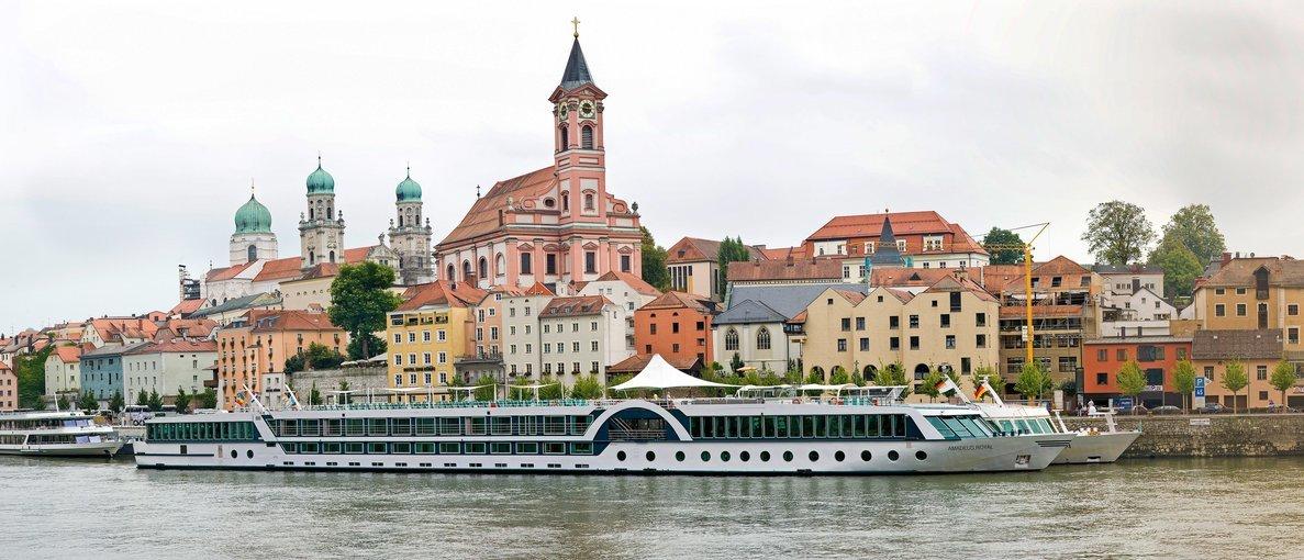Evening Sightseeing Cruise, Sightseeing in Vienna - Tour