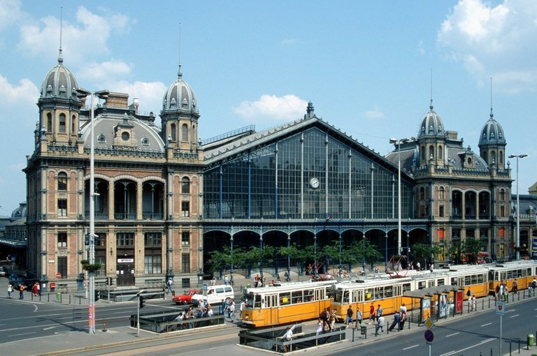 Station Transfers from Budapest Station to Hotel, Private Transfers in Budapest - Tour