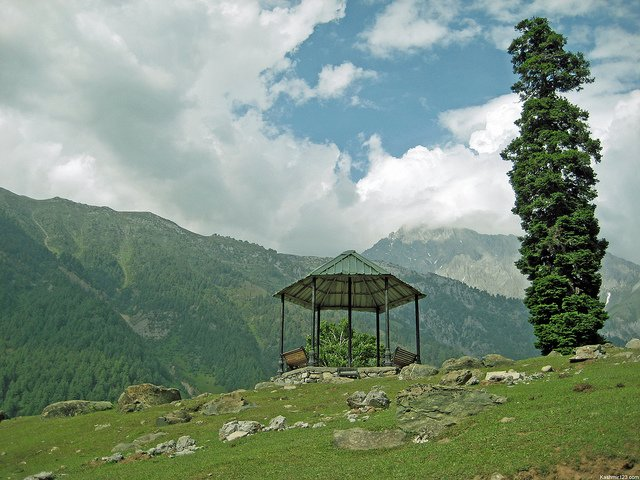 Katra with Kashmir 3 Star package for 8 Days - Tour