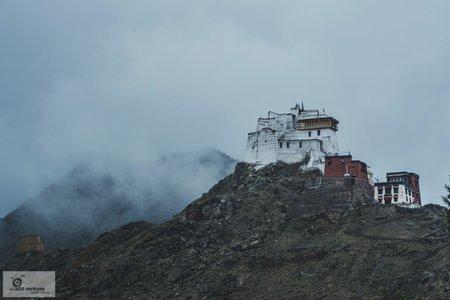 The  Ladakh Experience (SUV - 7D6N)