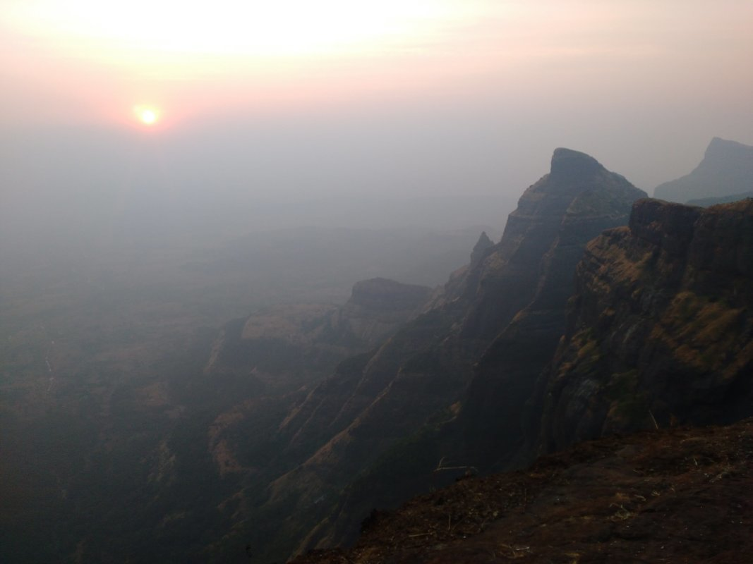 Trek to Harischandragad via Pachnai - Tour