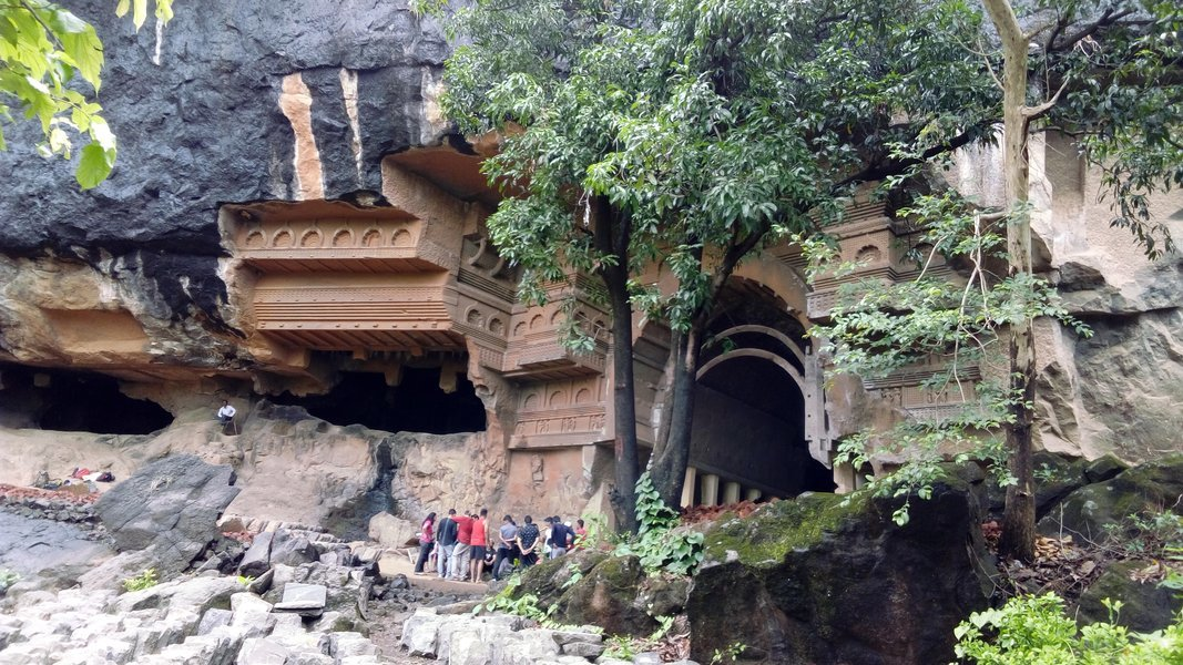 Kondana Caves to Rajmachi Trek - Tour