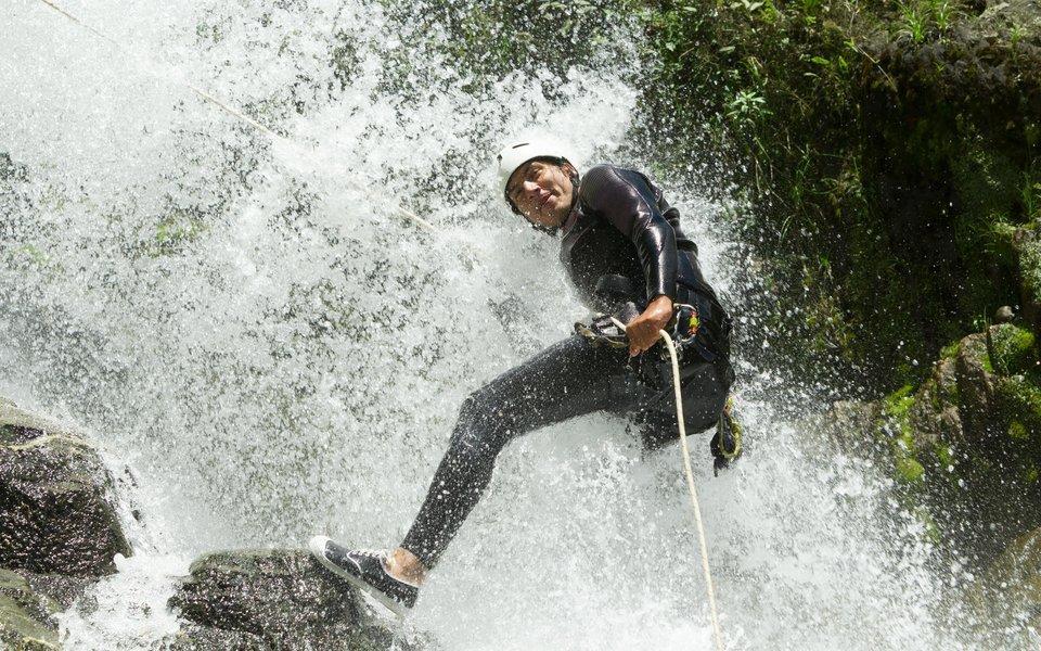 Waterfall Rappelling in Lonavala - Tour