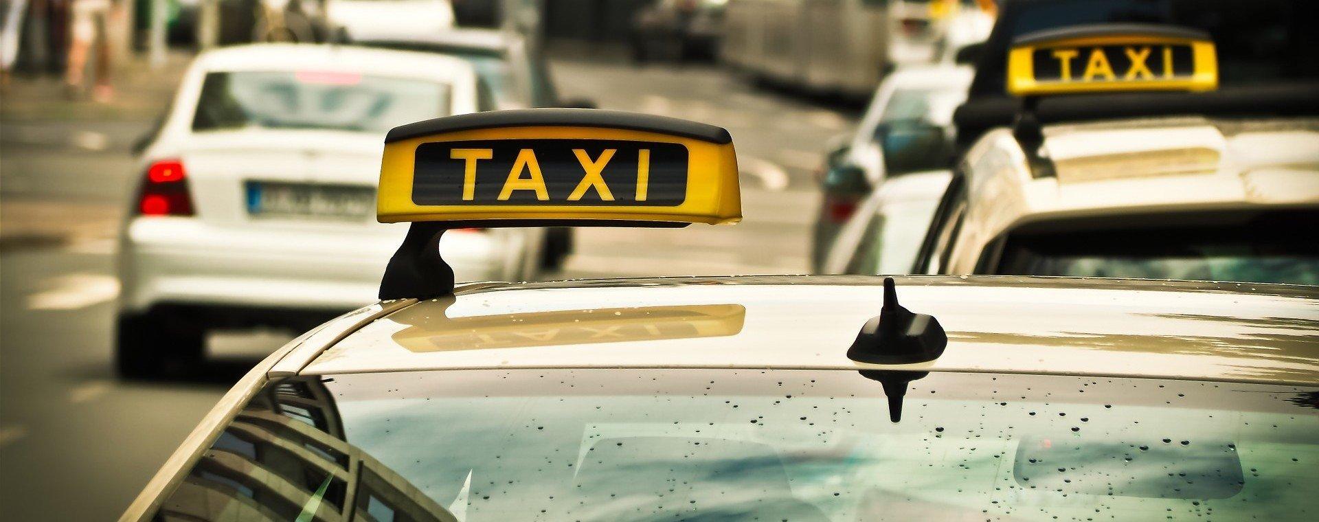 PRIVATE CAB SERVICE - Collection