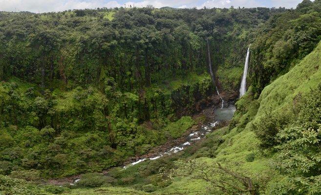 Kaas Plateau  and Thoseghar Waterfall - Tour