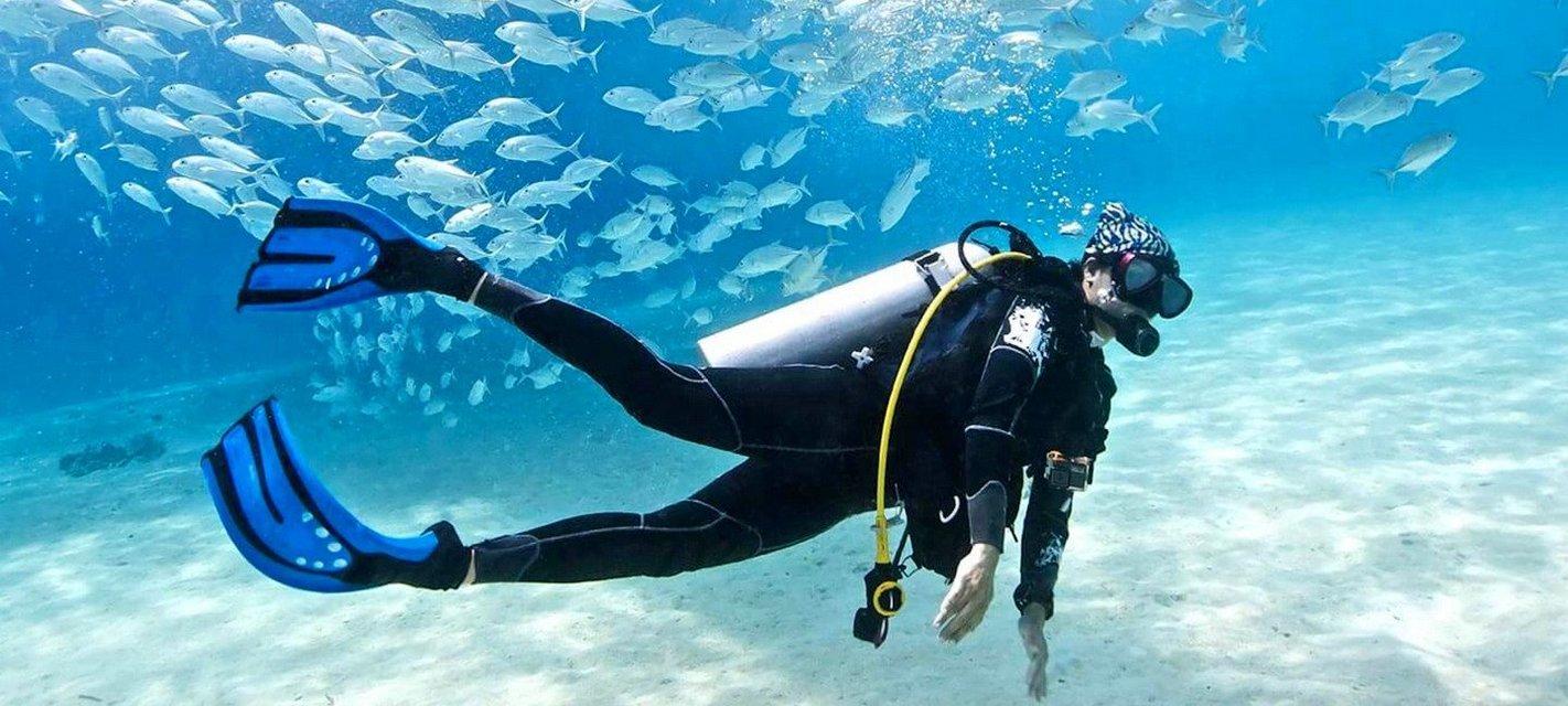 Scuba Diving at Grand Island - Tour