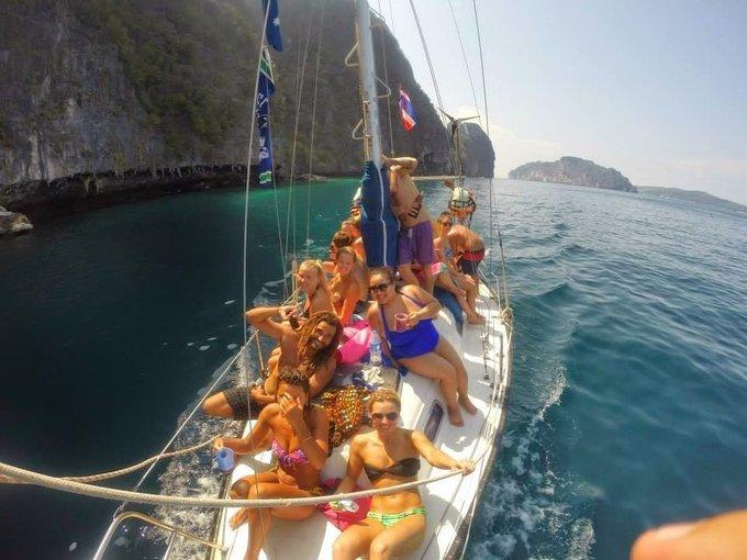 Captain Bobs Cruise Koh  Phi Phi - Tour