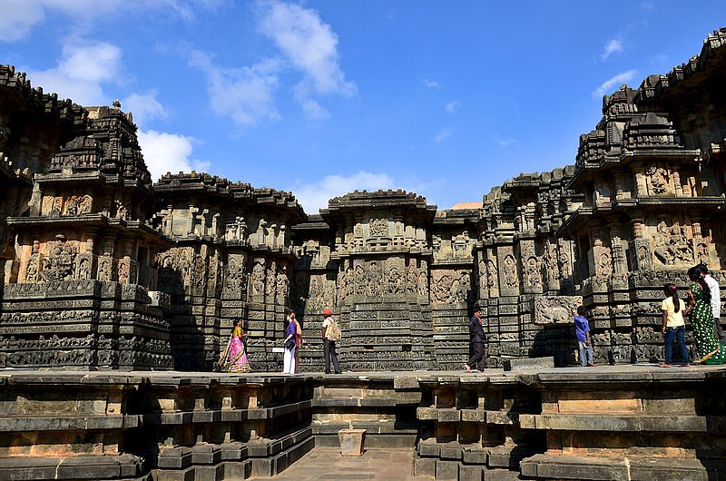 Bangalore / Shravanabelagola / Belur / Halebid - Tour