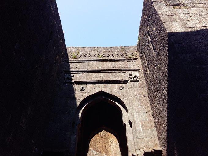 Raigad Fort Trek - Tour