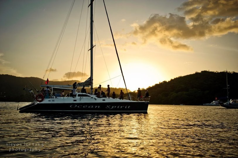 A catamaran ride on board the Ocean Spirit! - Tour