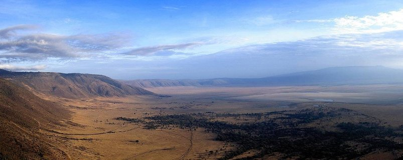 Ngorongoro_Crater.jpg - description