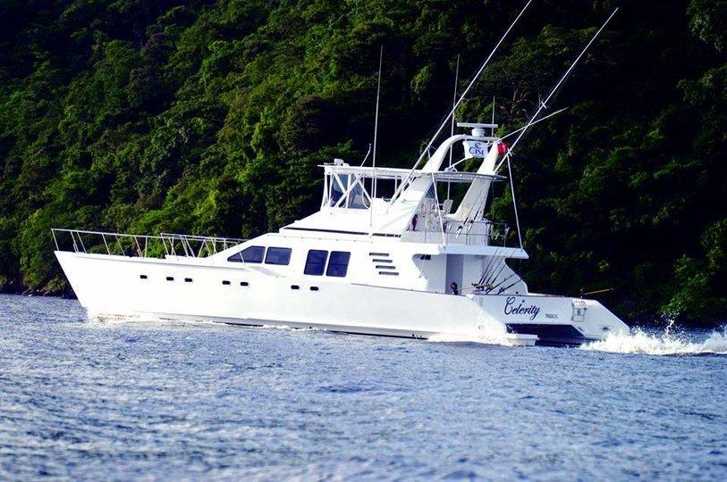 Cruise the seas on a 63 ft catamaran! - Tour
