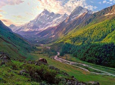 Har Ki Dun Valley Trek