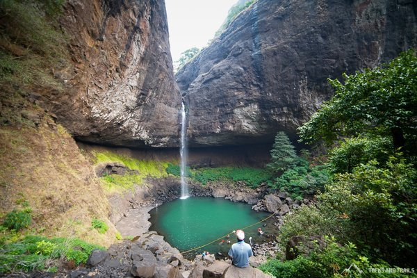 Devkund Waterfall Trek from Mumbai - Tour
