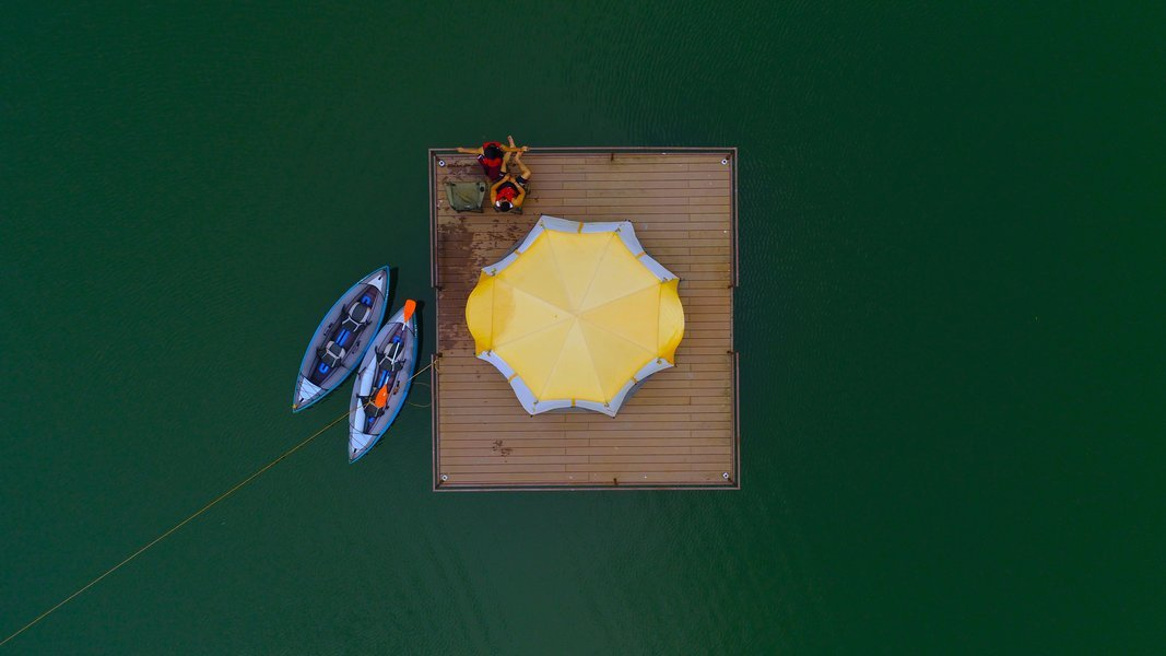 Floating Tent on Lake - Tour