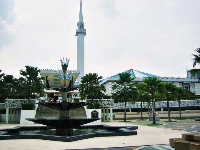Kuala Lumpur Romantic Escape 8D/7N - Tour